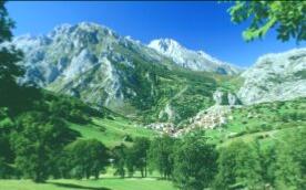 rutas en moto por españa picos de europa